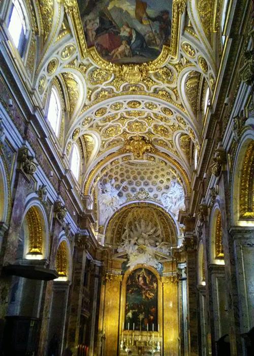 栄華を感じるサンタ・マリア・マッジョーレ大聖堂