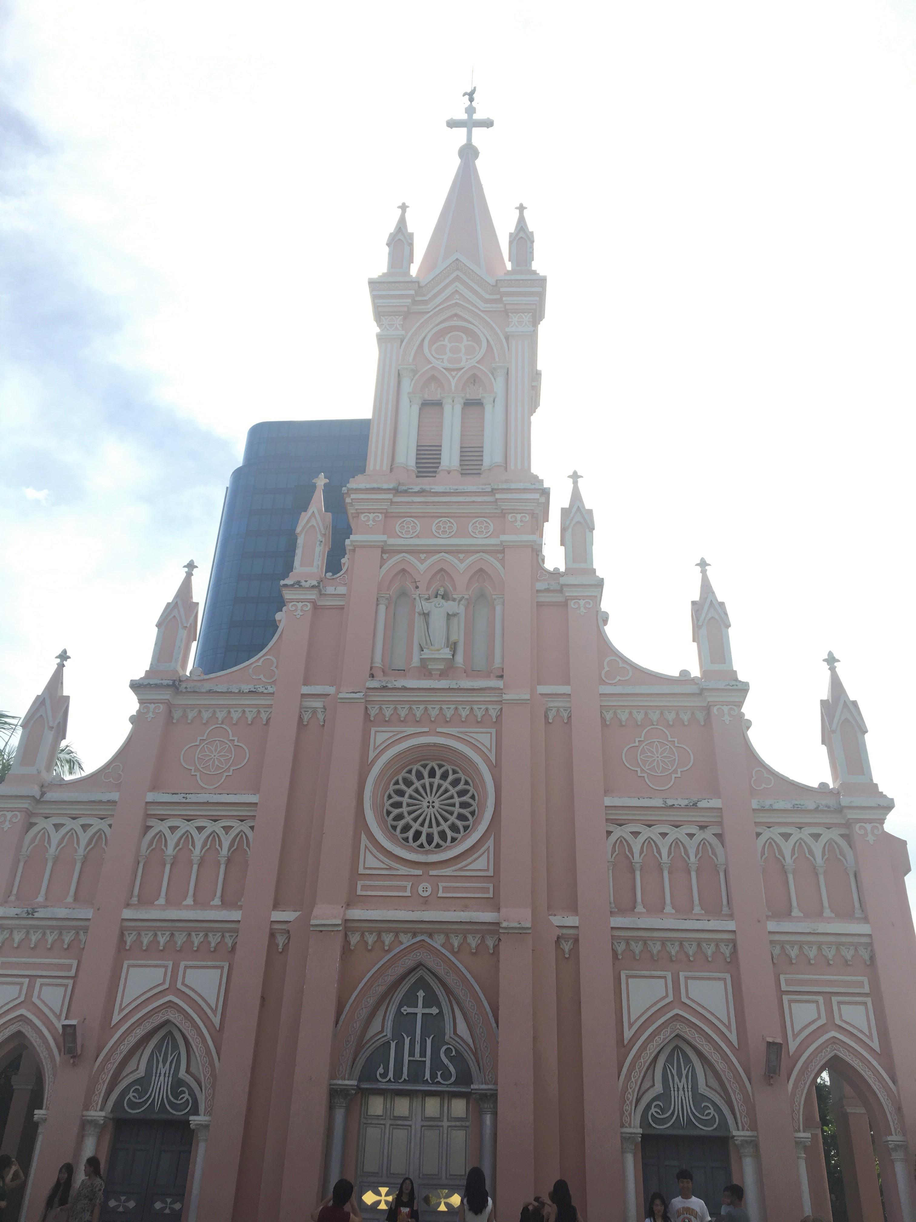 観光も満喫しました!ダナン大聖堂