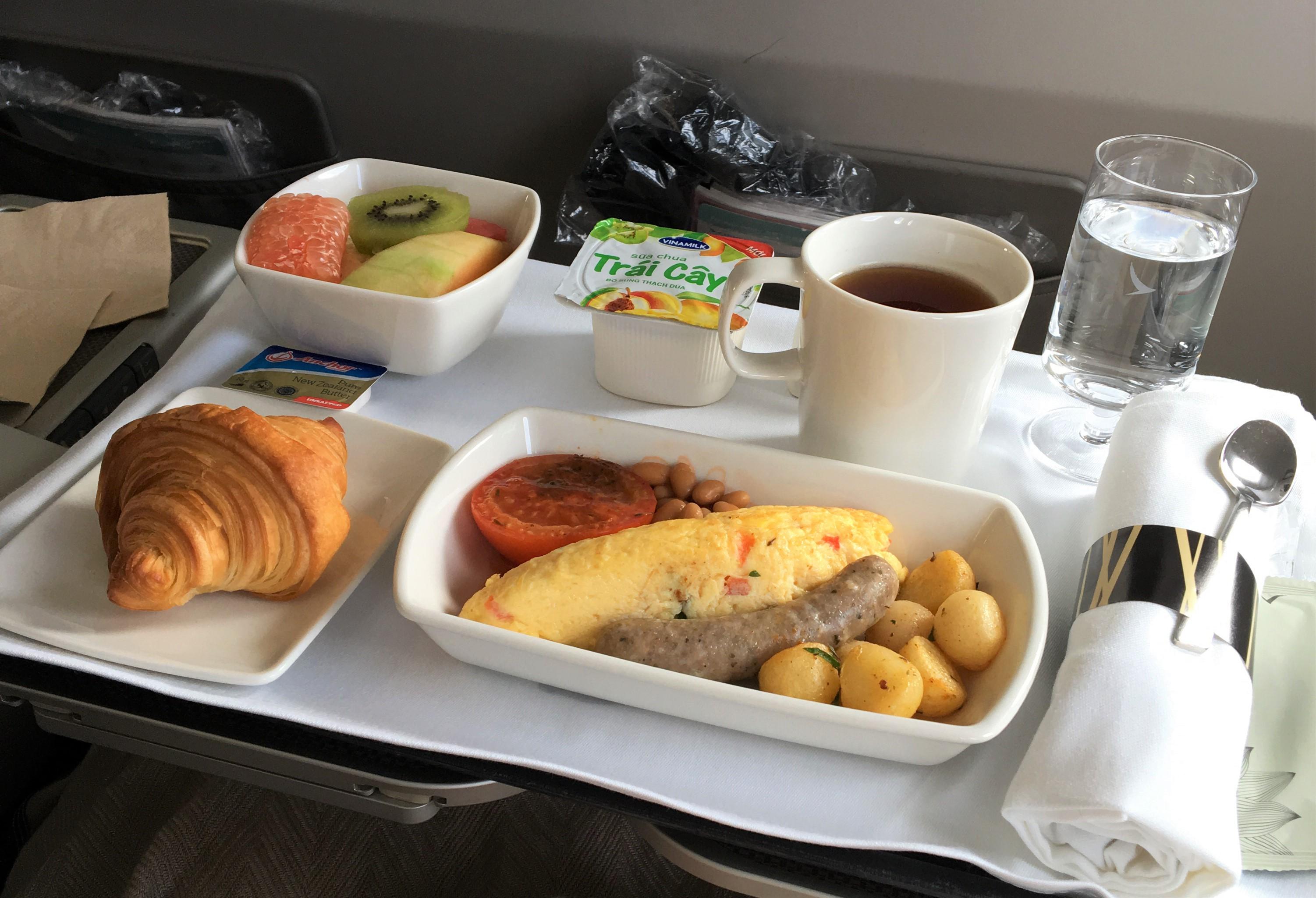 「香港ドラゴン航空」ダナンから香港の機内食