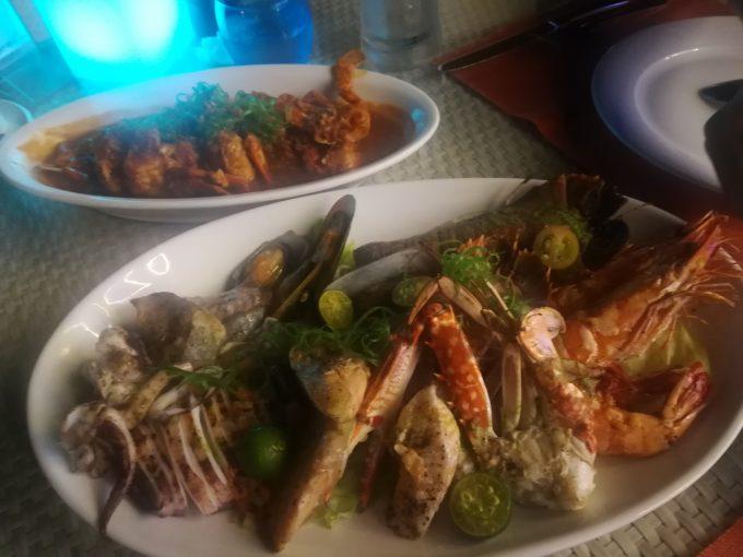 シーフード料理「Coral Seaside」