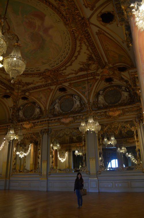 パリのオルセー美術館のシャンデリア