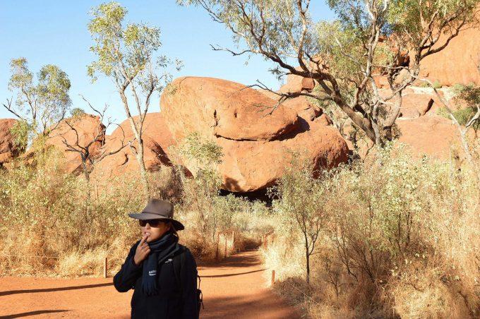 麓めぐり。この岩は何の動物?答えはヘビです(笑)