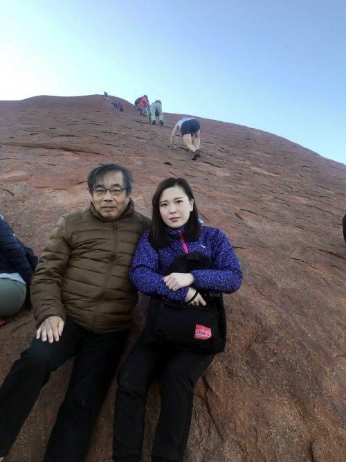 念願のウルル登山。絶景でした!