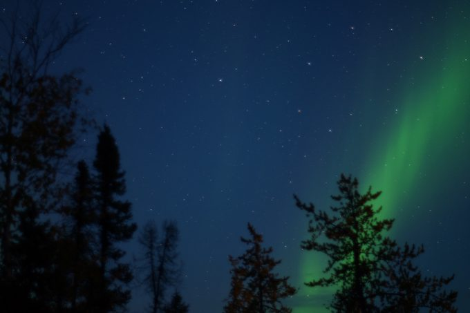 イエローナイフで見た星空とオーロラ