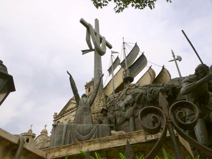 セブ遺産記念碑(ヘリテージ・オブ・セブ)