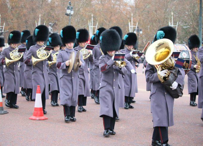 バッキンガム宮殿の衛兵交代式