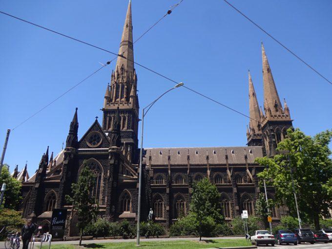 歴史ある佇まいの「メルボルン・セント・パトリック大聖堂」
