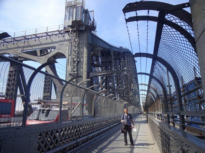 見事な造りの「ハーバーブリッジ」