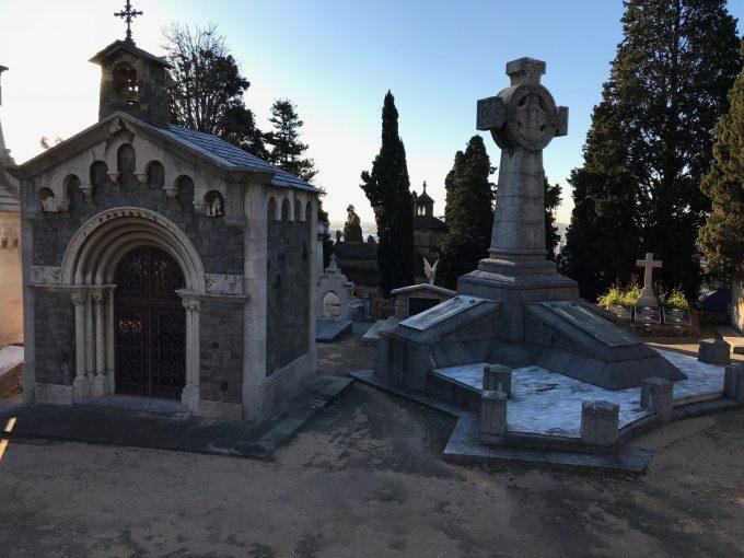 モンジュイック墓地
