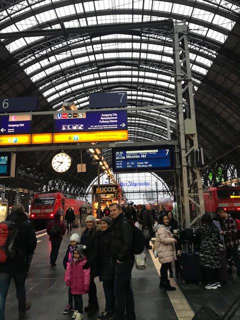 フランクフルトからニュルンベルクに向かう電車