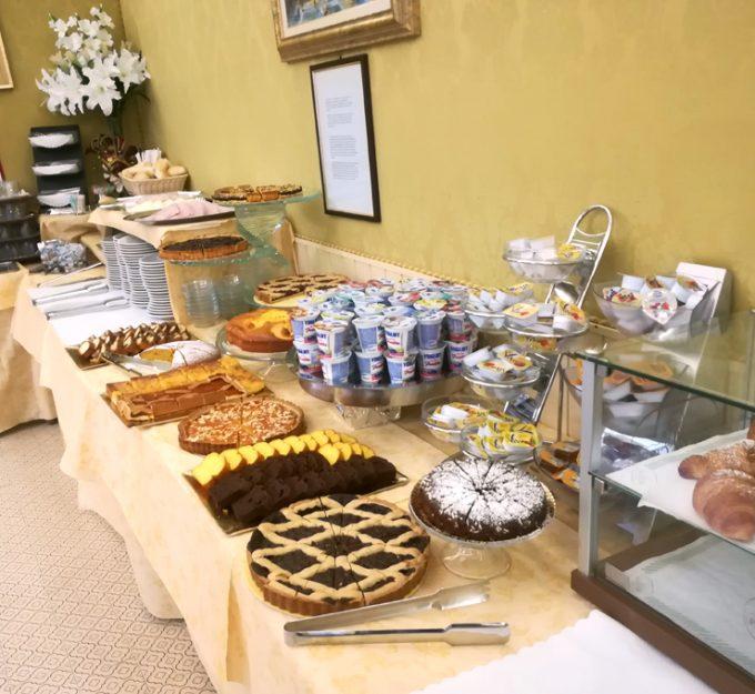 「ホテル ウニヴェルソ & ノルド」の朝食