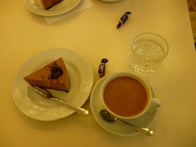 チョコレートで有名なファッツェルのカフェ