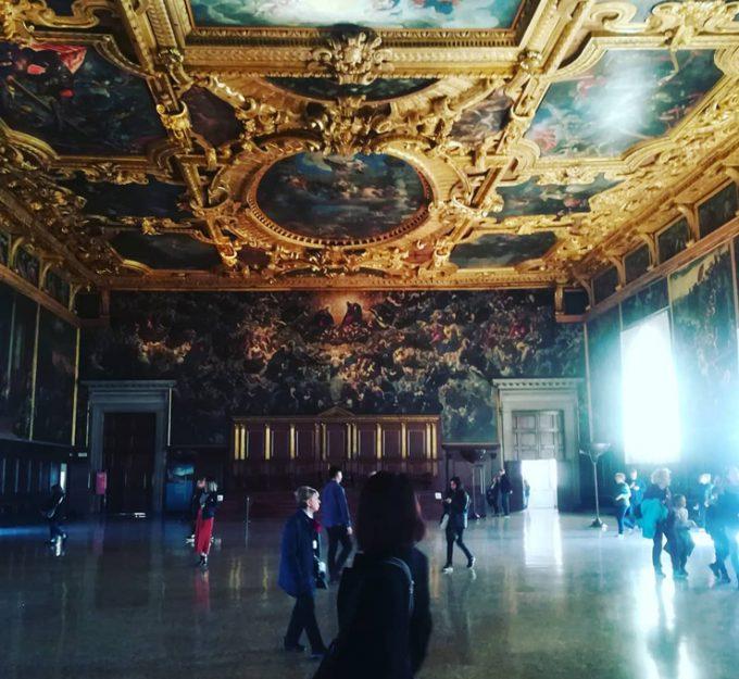 世界最大級の油絵ティントレットの『天国』