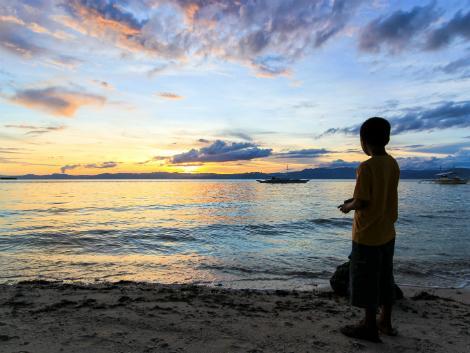 セブのビーチ:夕陽