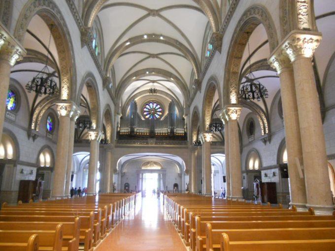 美しいマニラ大聖堂