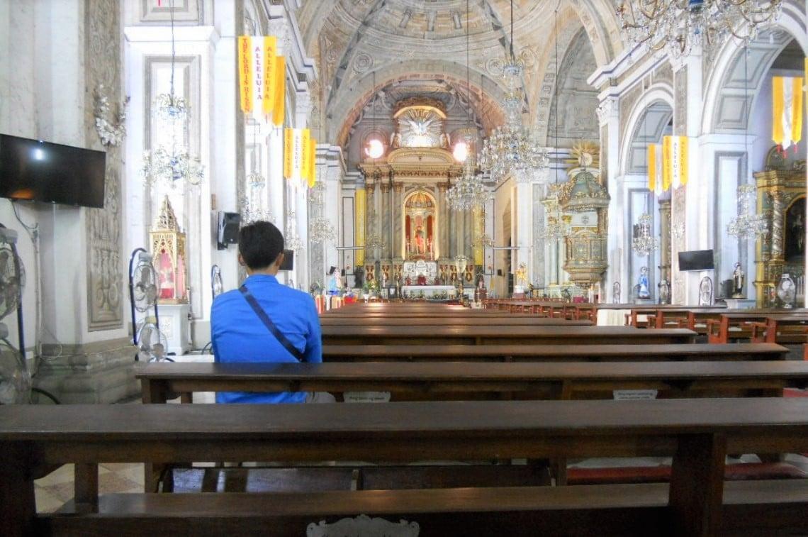 マニラ大聖堂にて