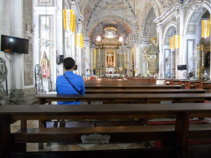 サンオウガスチン教会は礼拝堂も美しい