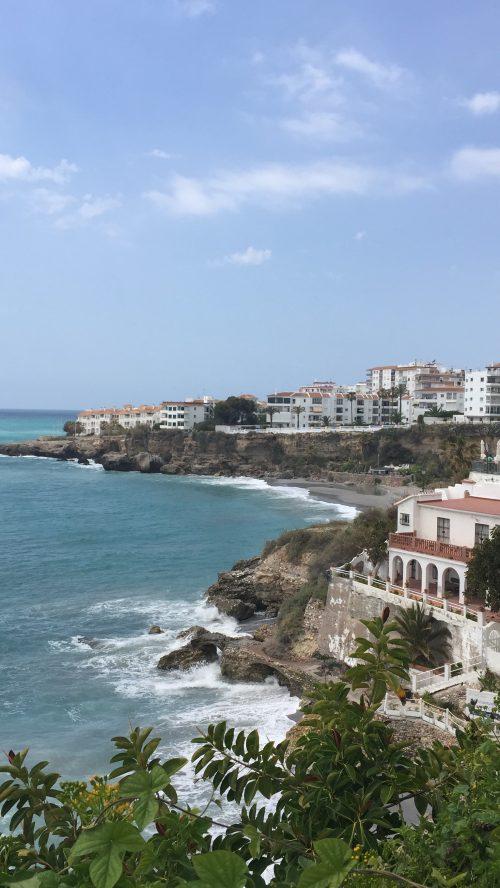 地中海を眺めながら食事♪