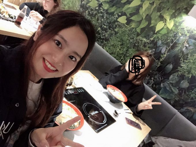 友達になったアジア人女性と日本食ディナー
