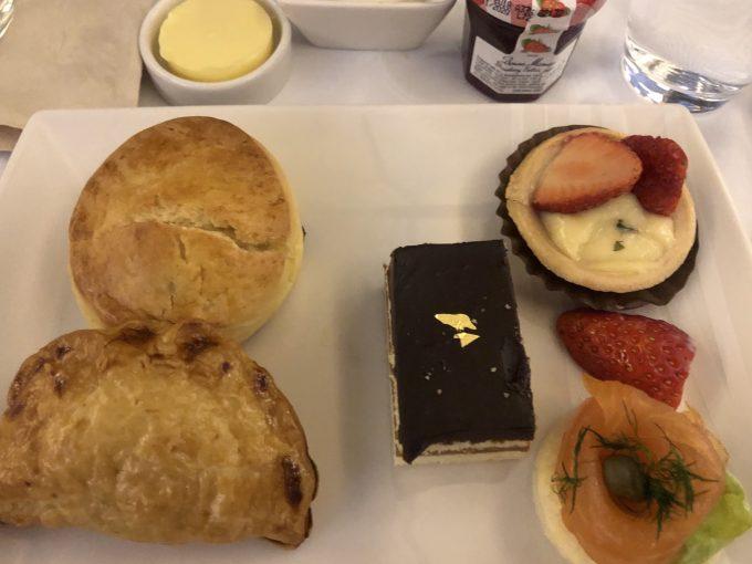 機内食はどれも美味しかったです!