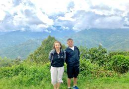 キナバル山は雲に隠れて望めなかったのですが、世界遺産の自然公園散策ができました