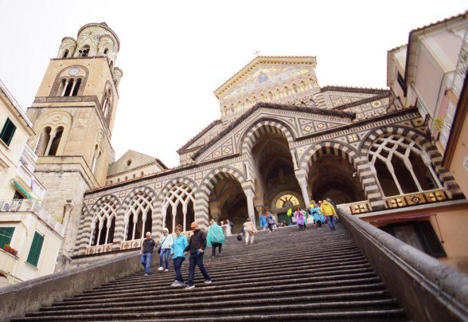 歴史的建築物「ドゥオモ(アマルフィ大聖堂)」