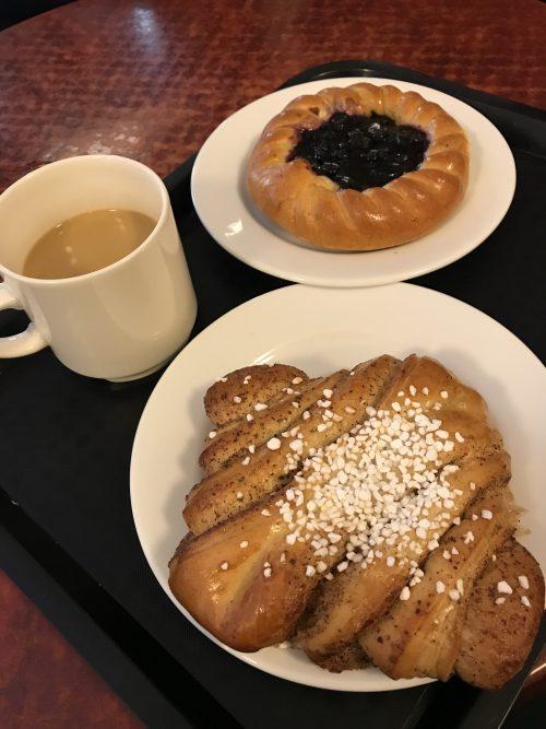 2日目朝食パン