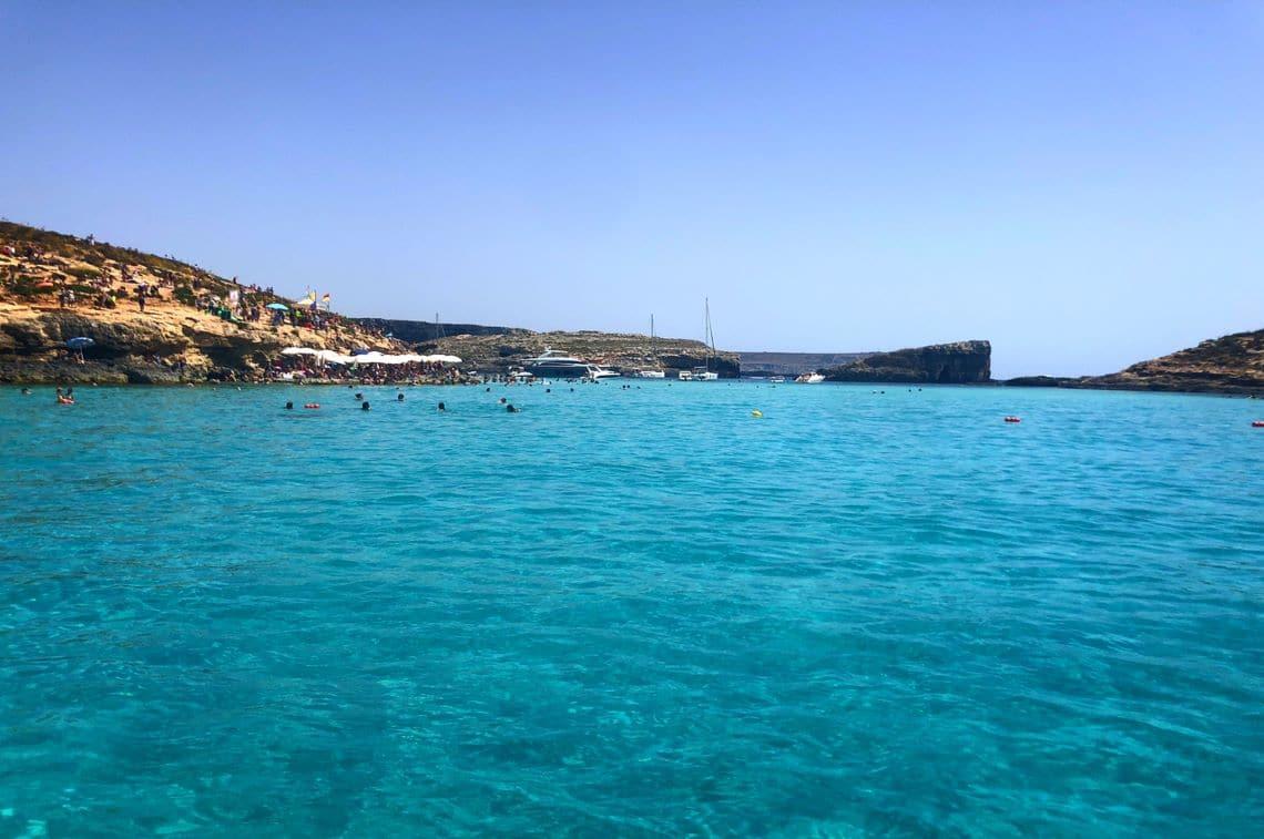 マルタ島・コミノ島の海
