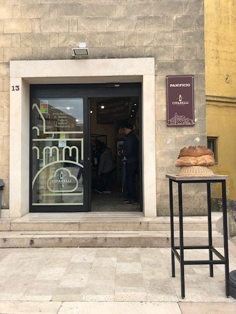 マテーラで美味しいパン屋さんを発見