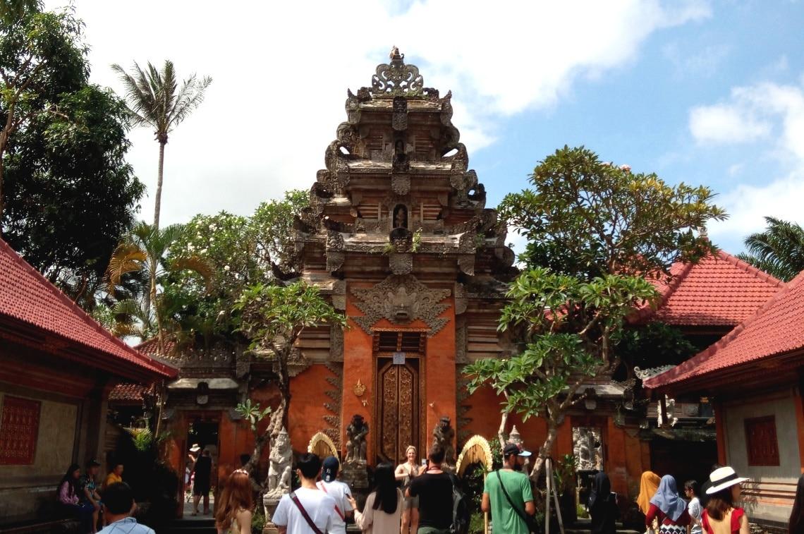 バリ島 遺跡