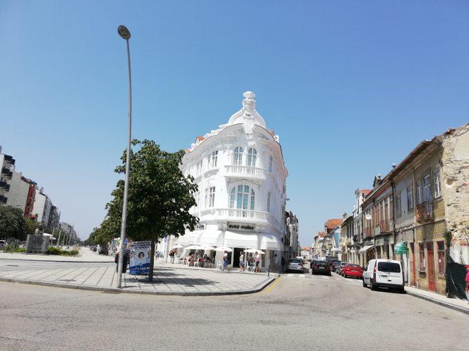 アヴェイロ 駅前の景色