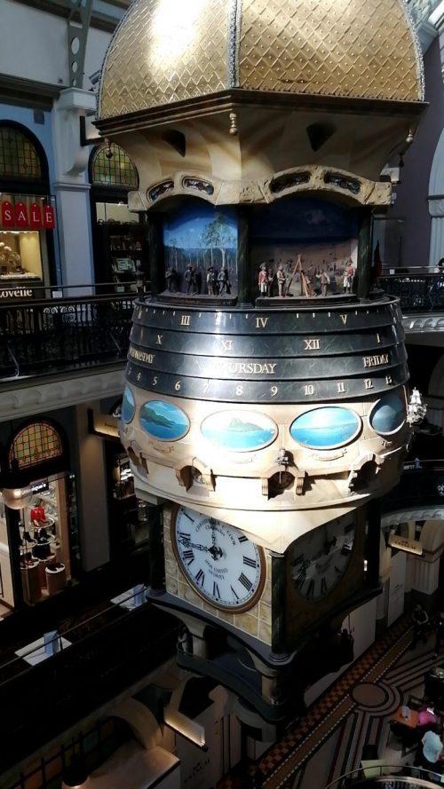 クイーン・ヴィクトリア・ビルディング撮影   天井の大時計