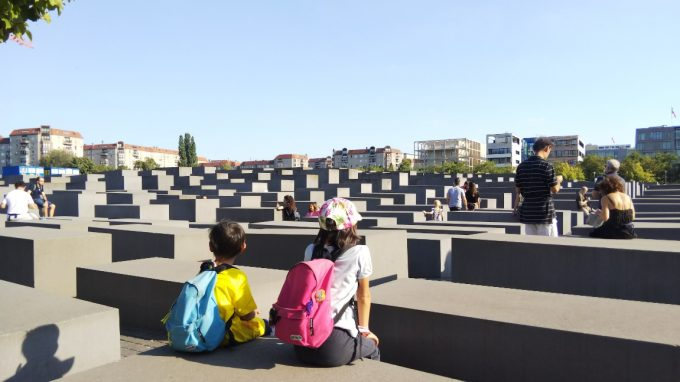 ホロコースト追悼記念碑