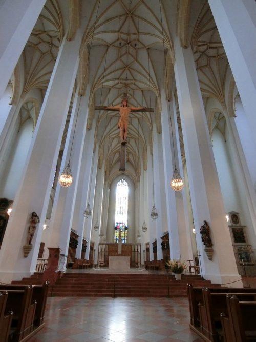 悪魔の足跡が残る フラウエン教会