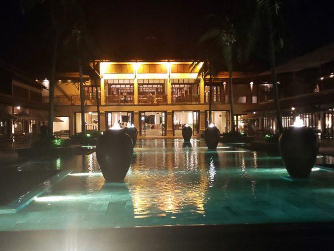 「フラマ リゾート ダナン」のエントランス
