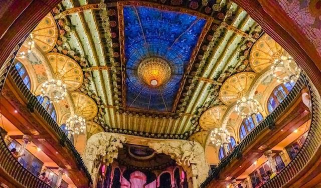 世界遺産 カタルーニャ音楽堂で本場フランダンスショーを鑑賞