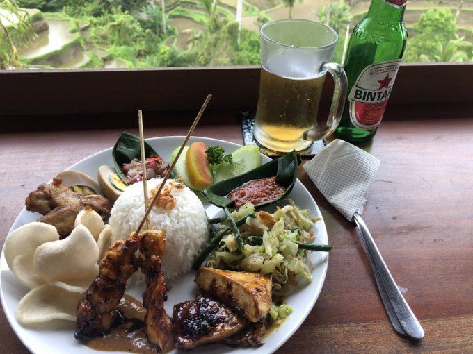 グリーンテラスでインドネシア料理のランチ