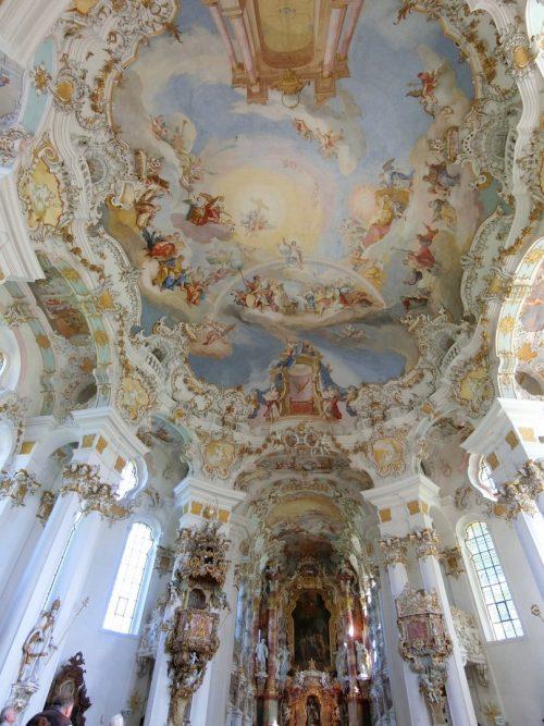 ヨーロッパで最も美しいと言われるヴィース教会