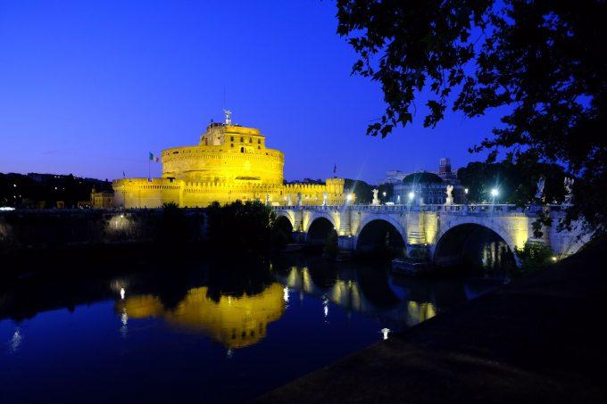 ローマ市内のサンタンジェロ城
