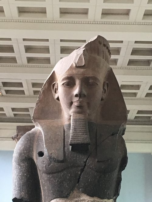 ラムセス2世の像 大きくて美しくて感動しました!