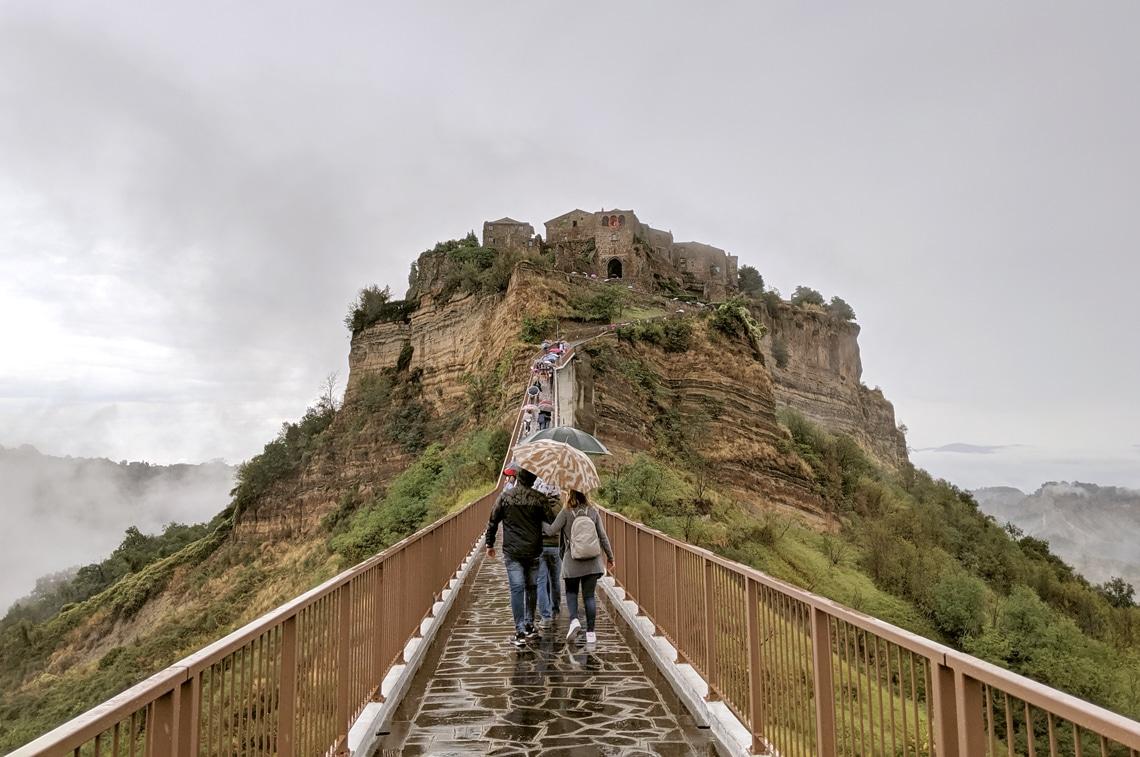 イタリアの天空の城と呼ばれている「チヴィタ」