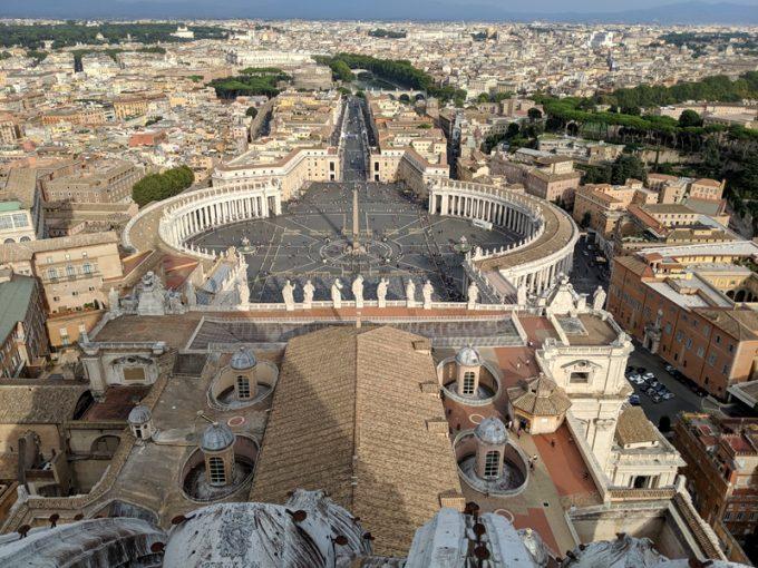 「サン・ピエトロ大聖堂」のクーポラからの眺望