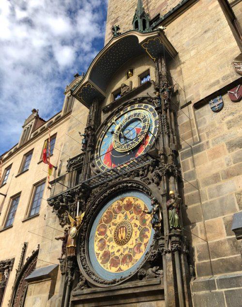 旧市庁舎の時計塔にある天文時計