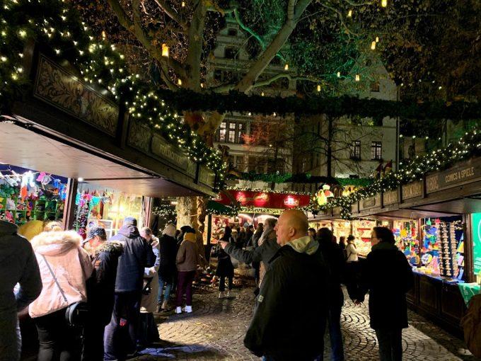 各々クリスマスマーケットを存分に楽しみました♪