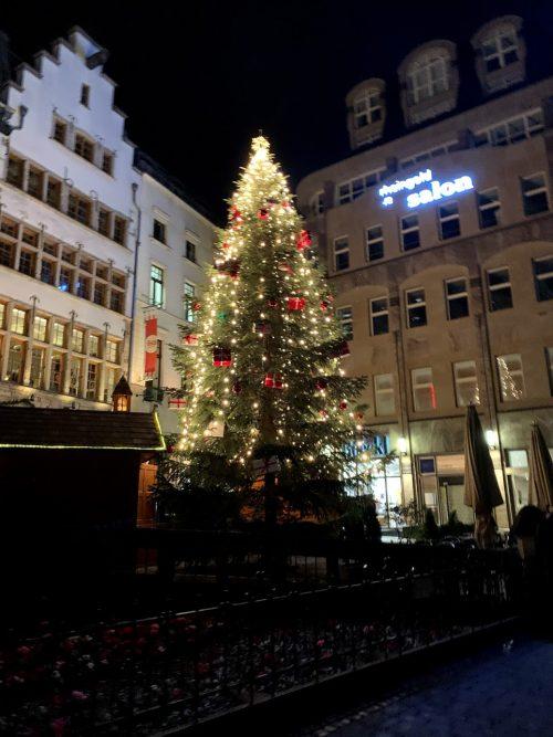 ケルンも街はクリスマス一色!