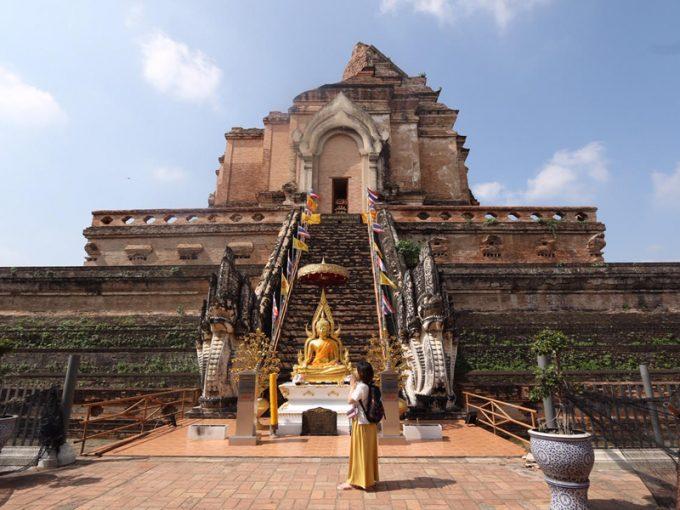今は廃墟の寺院「ワット・チェーディールワン」