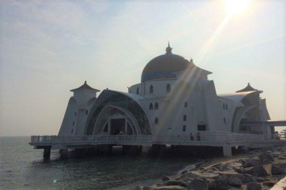水上モスク