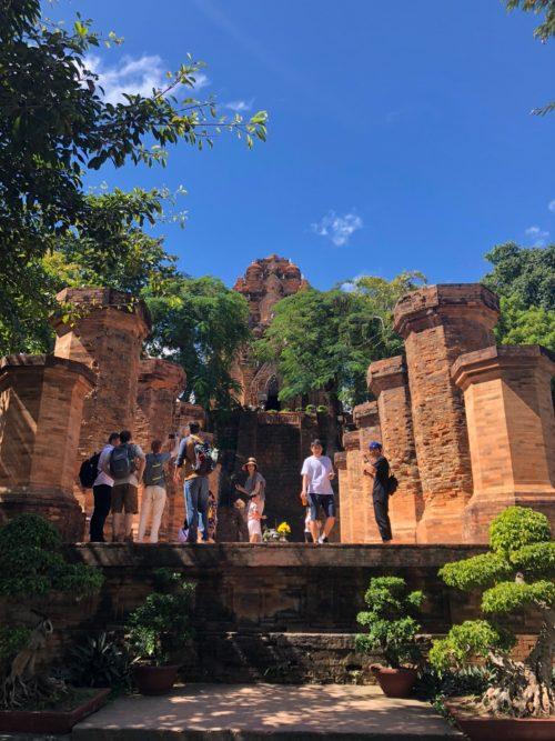 チャンパ王国の遺跡「ポーナガル塔」