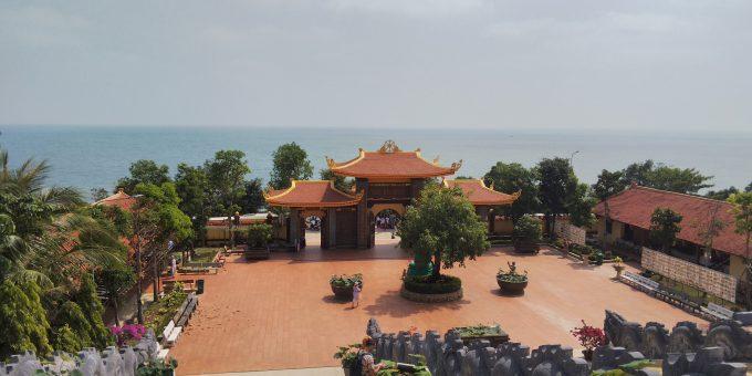 高台にあるお寺 Ho Quoc Temple