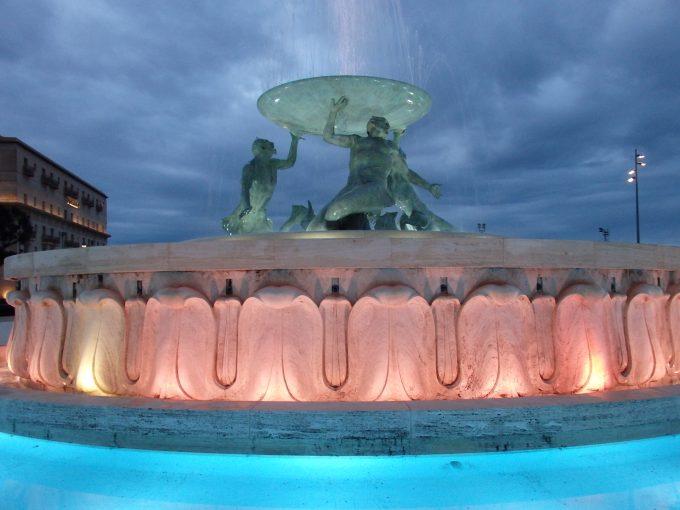 バレッタ トリトンの泉
